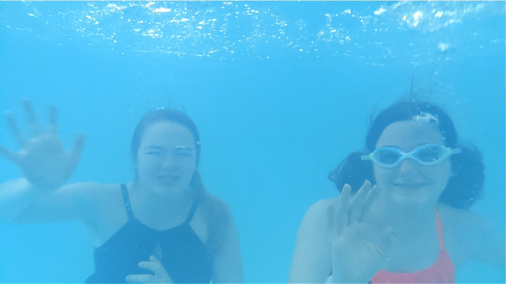 Underwater Photos in the Pool with Calicase