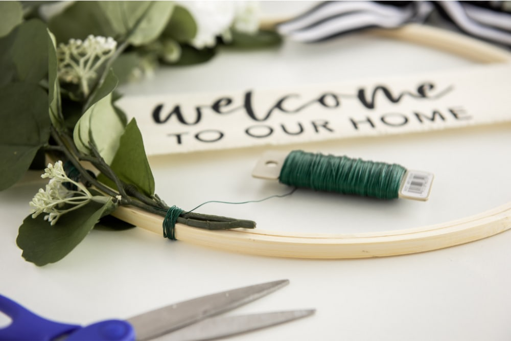 Using floral wire to attach stems