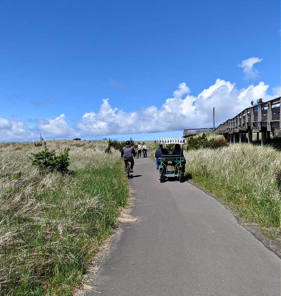 Surrey on the Discovery Trail at Long Beach WA