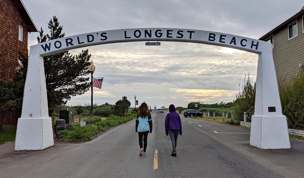 Worlds Longest Beach Sign in Long Beach WA