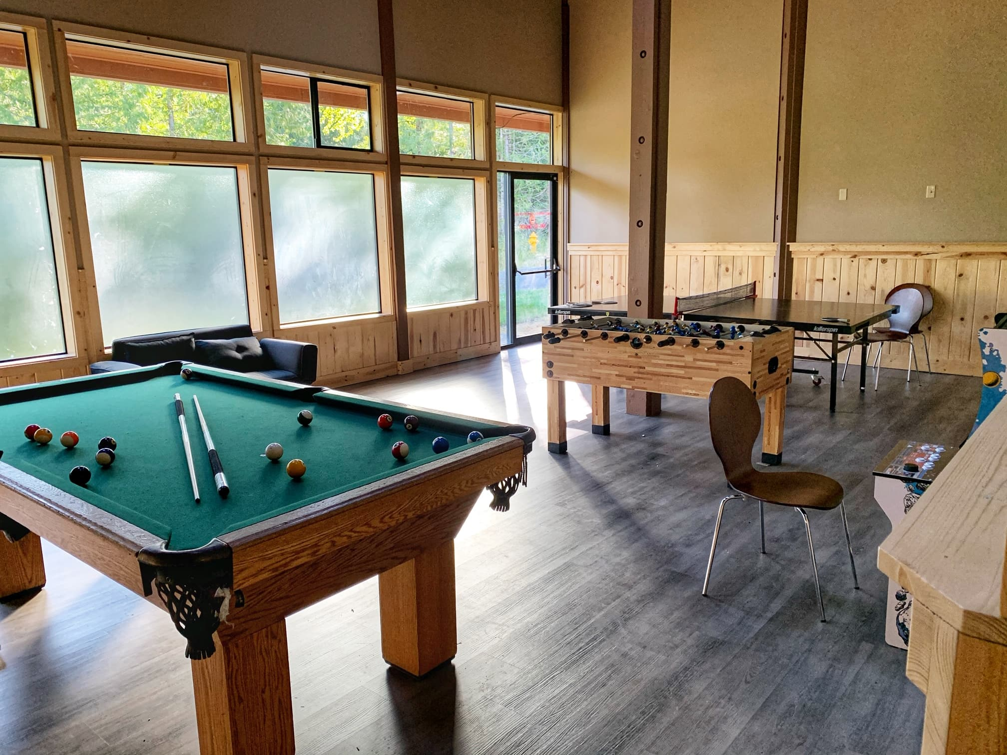 game room at mt hood rv resort