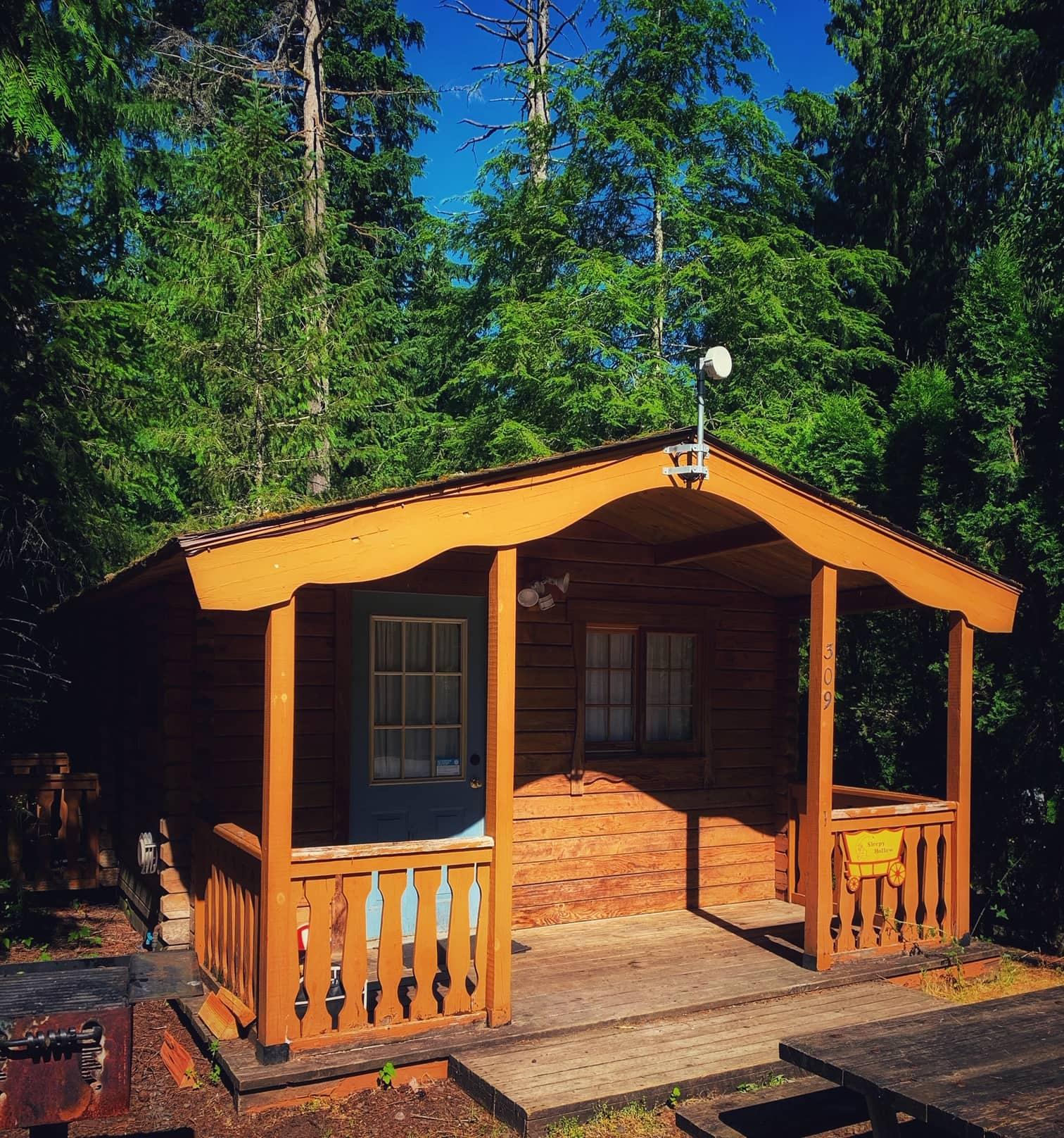 Rustic Cabins at Mt Hood Village RV Resort