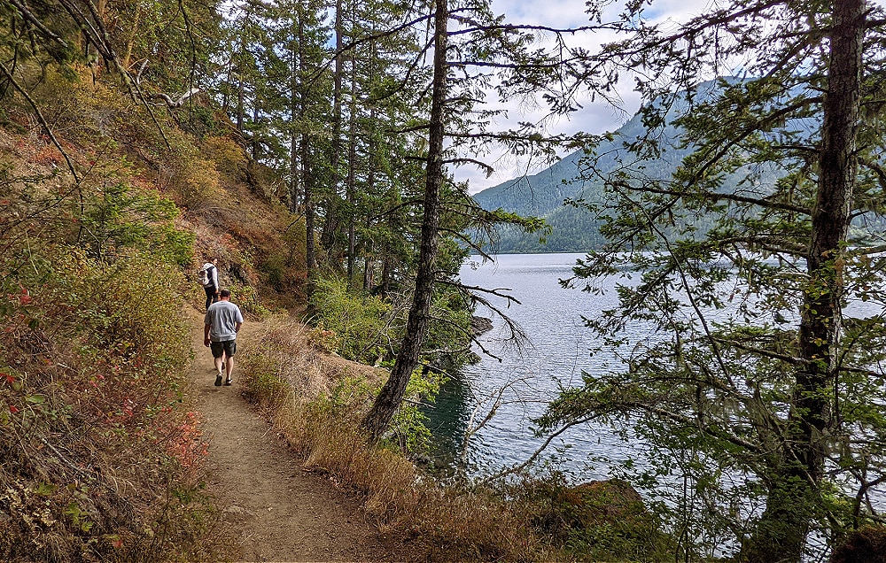 HIke to Devil's Punchbowl at Lake Crescent